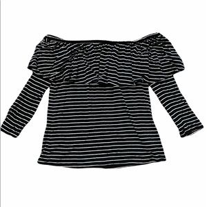 American Eagle Off the Shoulder Top (XS)